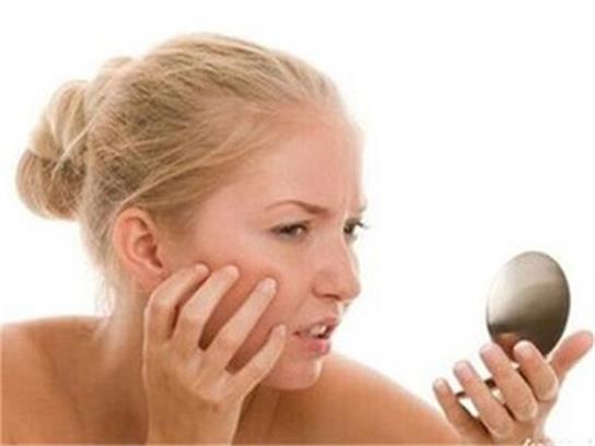 脸上长痘痘是什么原因?快速祛痘最有效的方法口碑最好的祛痘产品!