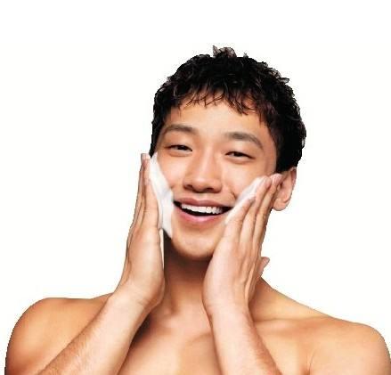 男士护肤品哪个牌子好?颜值时代爱美不只是女人的专利!