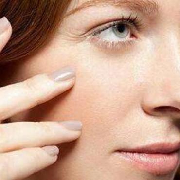怎么样才能去眼角纹 鱼尾纹 预防黑眼圈 眼袋的几个方法