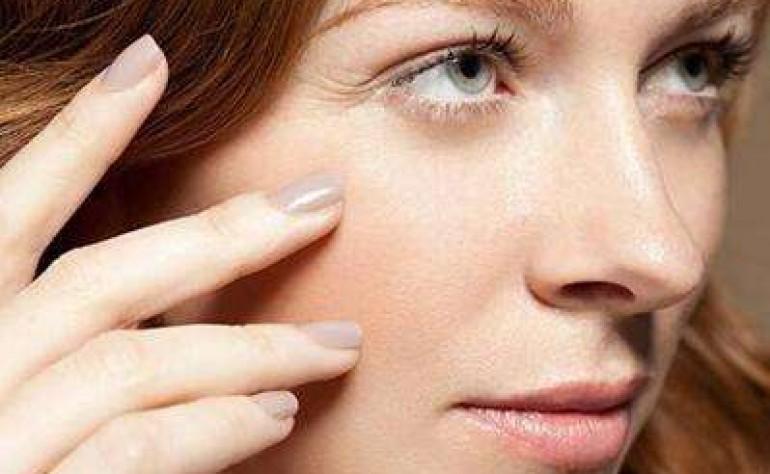 怎么样才能去眼角纹 鱼尾纹 预防黑眼圈 眼袋的几个方法 独生美教你一招护肤保养秘诀