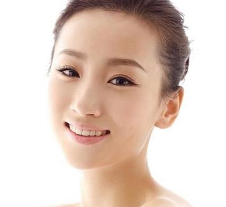 30岁以上的女人怎样美容护肤才能留住青春?独生美化妆品 独生美官网美容护肤新闻资讯!
