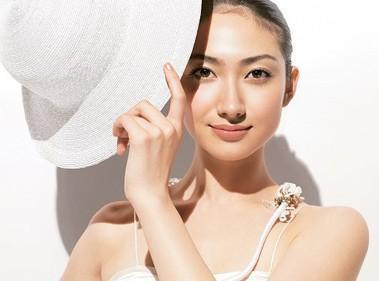 防晒买不对,皮肤老得快!98%的女人都忽略了这一点!美容护肤独生美官网!
